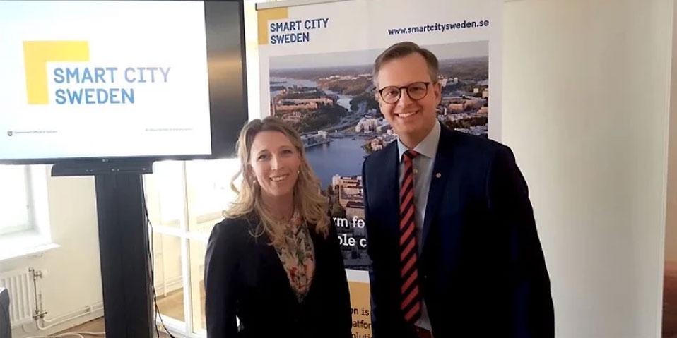 Susanne W Lindström, North Sweden Cleantech, tillsammans med Mikael Damberg, näringsminister.