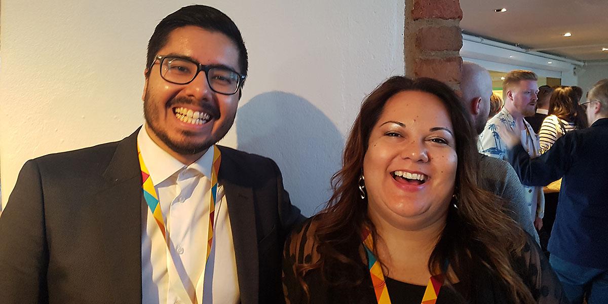 Paul Alvarado Mendoza, vd för Tensaii, tillsammans med Dawn Ressel, Design Strategist hos Intuit Design System, som var en av talarna på konferensen From Business to Buttons 2017.