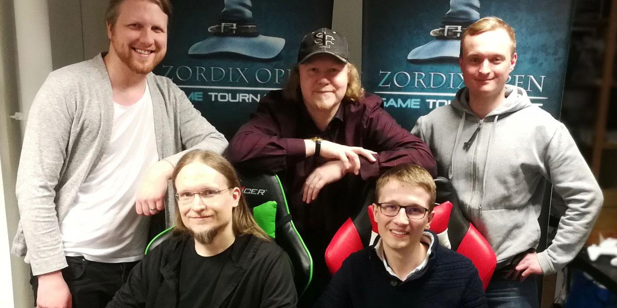 Matti Larsson, vd på Zordix, tillsammans med nyanställda Joakim Burvall, Jimmy Lotare och Felix Sjödin, samt Nicolas Sobczak, som är internationell utbytesstudent.