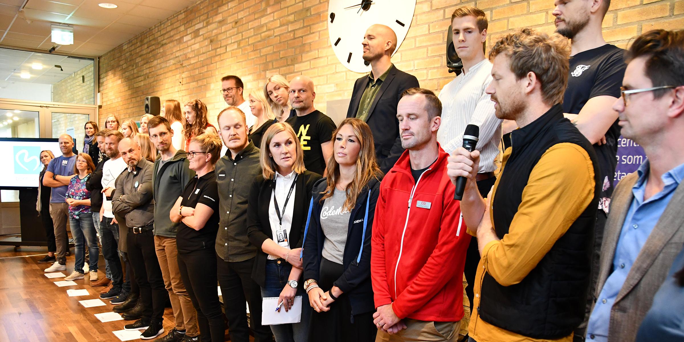 25 IT-företag radade upp sig för att svara på frågor från IT-studenter vid Karriärdagen.